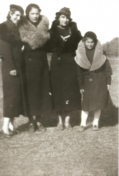 1936 'The Four Goresky Sisters' Elenore (age 22), Jean (16), Lym (Olympia, 21), Vicky.